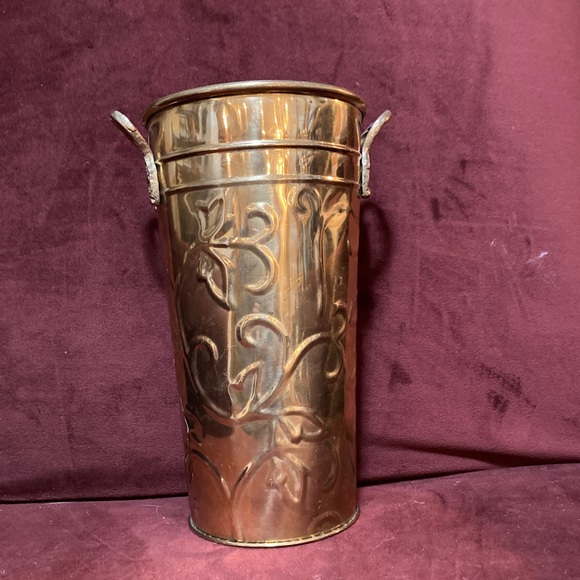 Vintage Hostly brass vase in great condition